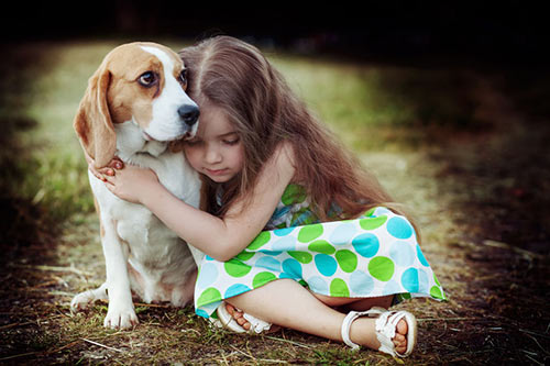 A little girl finds a friend to help her through her pain. * Deborah E's Positive Persistence Blog